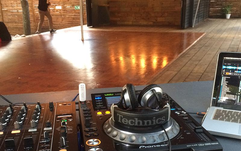 DARING-DJ2